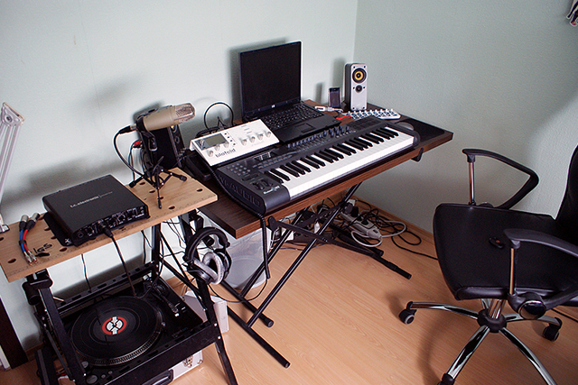 how-to-make-money-with-your-home-studio